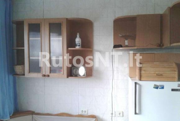 Parduodamas 3-jų kambarių su holu butas Vingio gatvėje-1