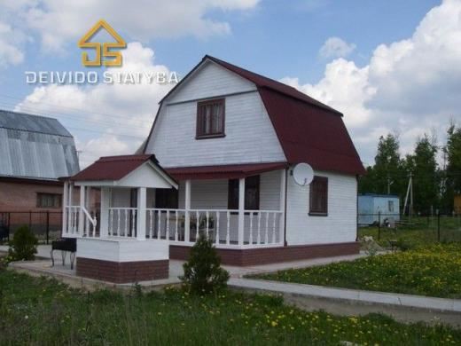 Dažome Medinius namus-1