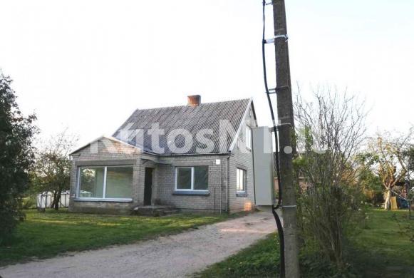 Parduodama namo dalis Maciuičių kaime-0