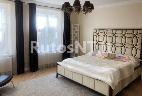Parduodamas 4-rių kambarių butas J. Karoso gatvėje-0