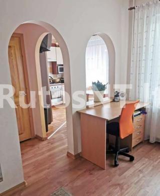Parduodamas 3-jų kambarių su holu butas Poilsio gatvėje-2