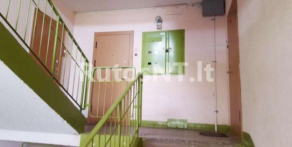 Parduodamas vieno kambario su holu butas Varpų gatvėje-4