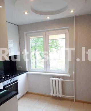 Parduodamas 3-jų kambarių butas Statybininkų prospekte-1