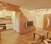 Išnuomojamas gerai įrengtas 2 kambarių butas su visais baldais-0