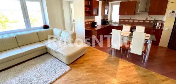 Parduodamas 3-jų kambarių butas Baltijos prospekte-1