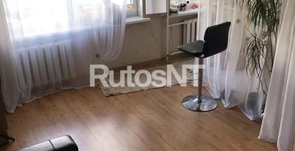 Parduodamas vieno kambario butas Paryžiaus Komunos gatvėje-0