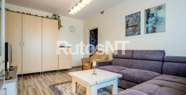 Parduodamas 2-jų kambarių butas Gargžduose, Pušų gatvėje-0