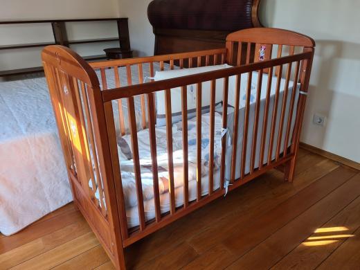 Vaikiška lovytė su čiužiniu-0