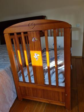 Vaikiška lovytė su čiužiniu-1