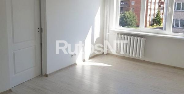 Parduodamas 3-jų kambarių butas Gargžduose, P. Cvirkos gatvėje-0