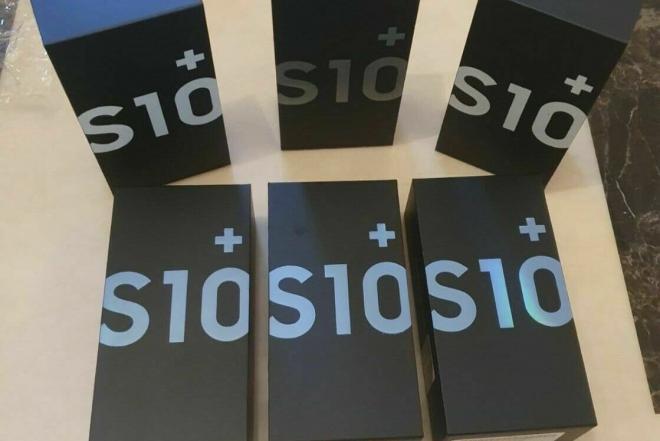 Samsung S10 + plus 128GB Black Dual Sim Unlocked SM-G975F/DS-0