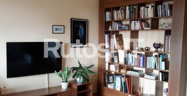 Parduodamas 2-jų kambarių butas Poilsio gatvėje-1