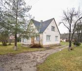 Namas su ūkiniais pastatais Trakiškio k.-0