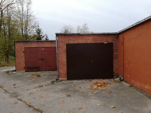 Mūrinis garažas su duobe, elektra, šarvo durys-1