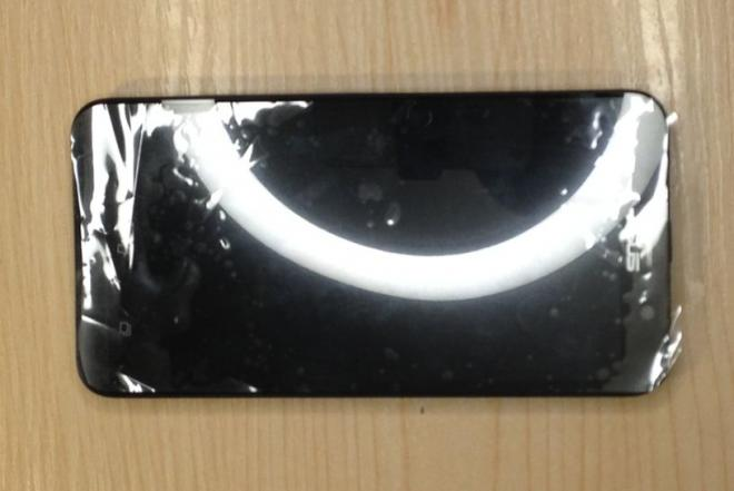 Asus Zenphone 2 naudotas mobilus telefonas, usb laidas-0