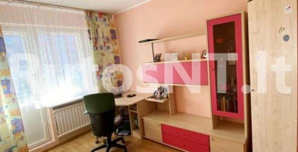 Parduodamas 3-jų kambarių su holu butas Gargžduose, Dariaus ir Girėno g.-4