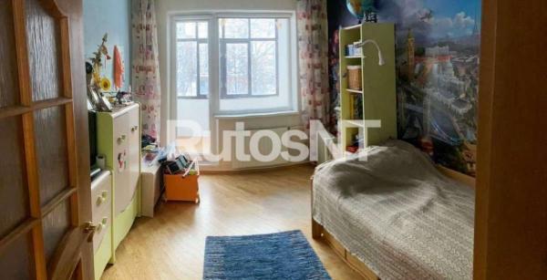 Parduodamas 3-jų kambarių su holu butas Vaidaugų gatvėje-5