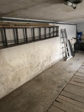 Išnuomojamas garažas-0