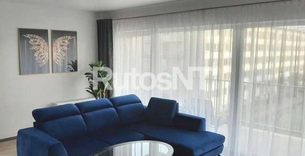 Parduodamas 3-jų kambarių butas Paryžiaus Komunos g.-0