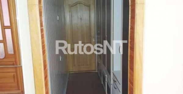 Parduodamas 4-rių kambarių su holu butas Laukininkų g.-7