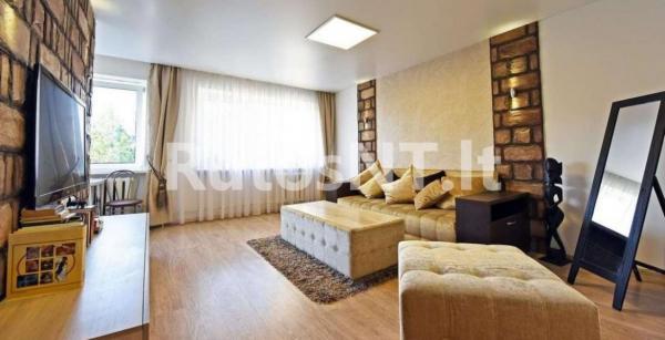 Parduodamas 2-jų kambarių butas Vytauto g.-0