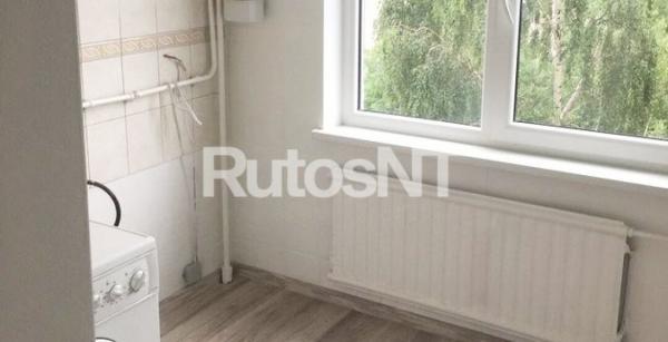 Parduodamas 2-jų kambarių butas Gedminų g.-2