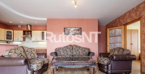 Parduodamas 3-jų kambarių butas Kauno g.-1