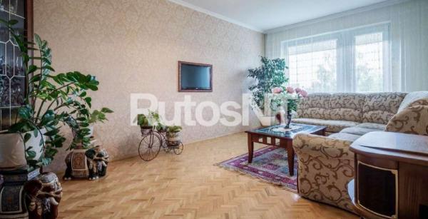 Parduodamas 3-jų kambarių su holu butas Laukininkų gatvėje-1