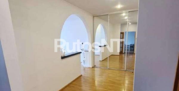Parduodamas 3-jų kambarių butas Kretingoje, V. Kudirkos g.-2