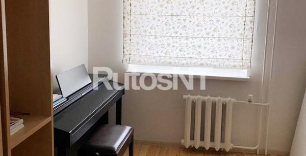 Parduodamas 4-rių kambarių butas Alksnynės g.-3