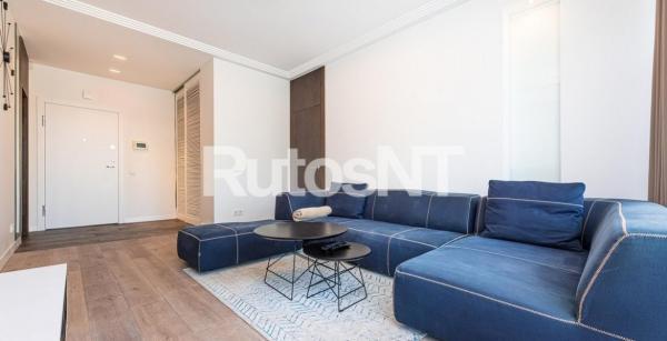 Parduodamas 2-jų kambarių butas Turgaus g.-1