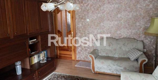 Parduodamas 3-jų kambarių butas Paryžiaus Komunos g.-3