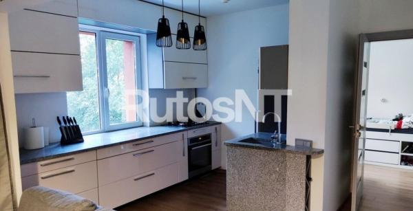 Parduodamas 2-jų kambarių su holu butas Vyturio g.-0