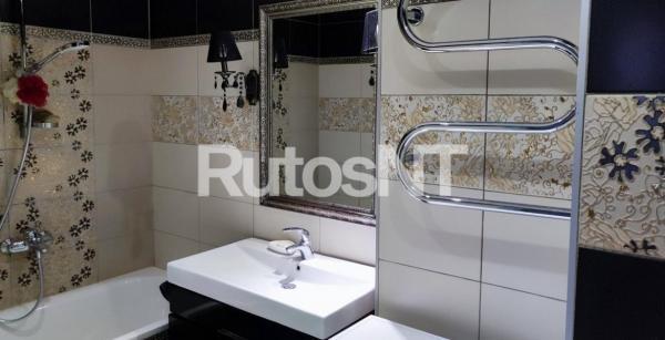 Parduodamas 2-jų kambarių su holu butas Vyturio g.-6