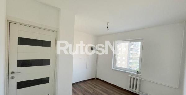 Parduodamas 3-jų kambarių su holu butas Gargžduose, Pušų g.-2