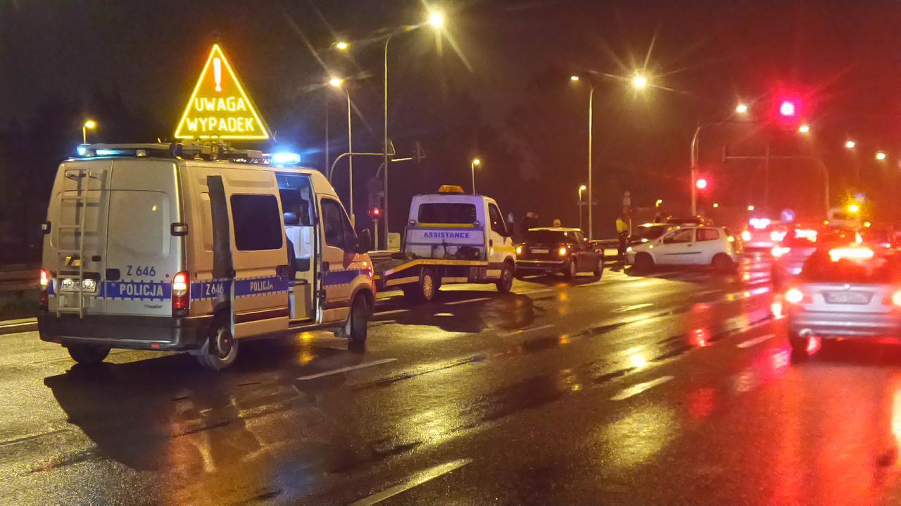 Kolizja czterech aut na Saskiej Kępie