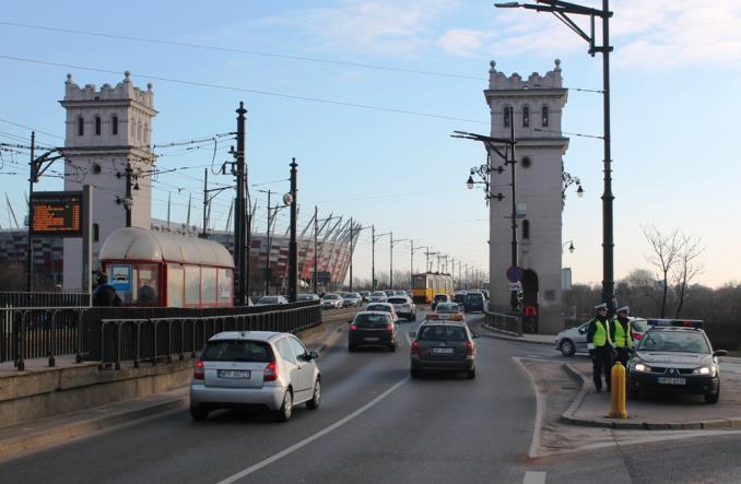 Warszawa. Od lutego 65 zabranych praw jazdy na m. Poniatowskiego