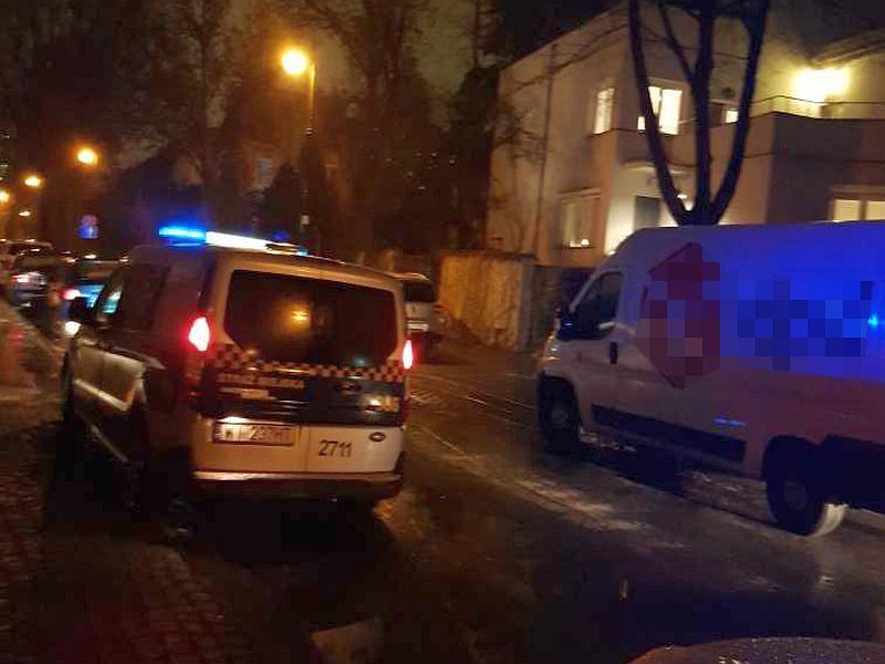 Na widok strażników pijany kierowca zaczął uciekać