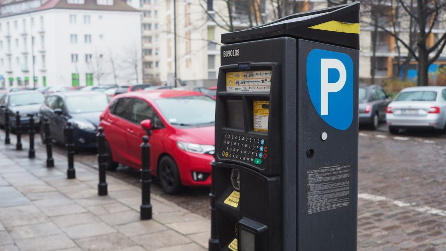 Kolejne ulice Warszawy zostaną objęte obowiązkiem opłaty za parkowanie