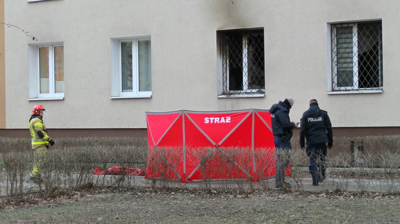 Straż pożarna: jedna ofiara pożaru na Saskiej Kępie