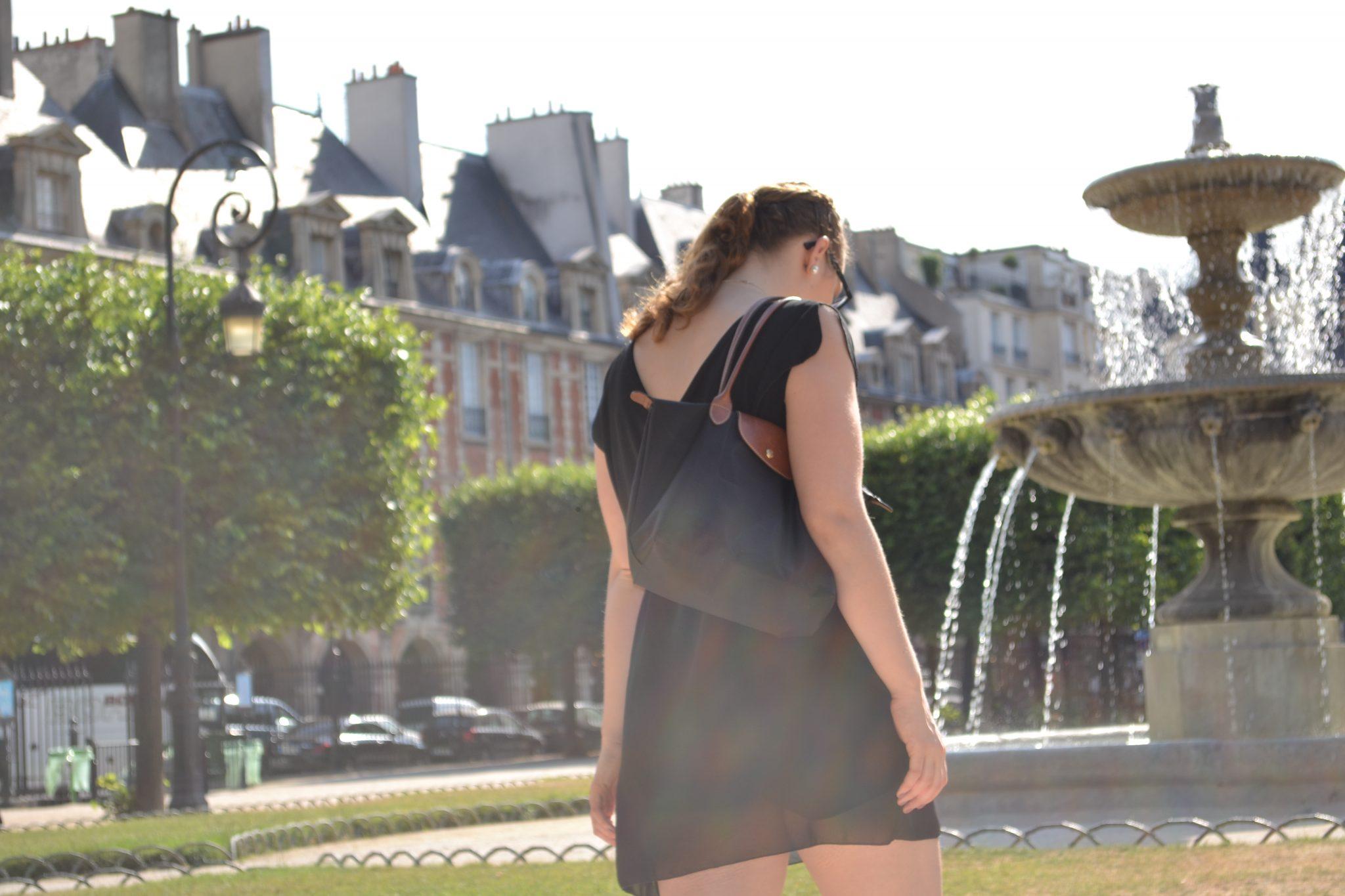 Outfit: Place des Vosges, Paris