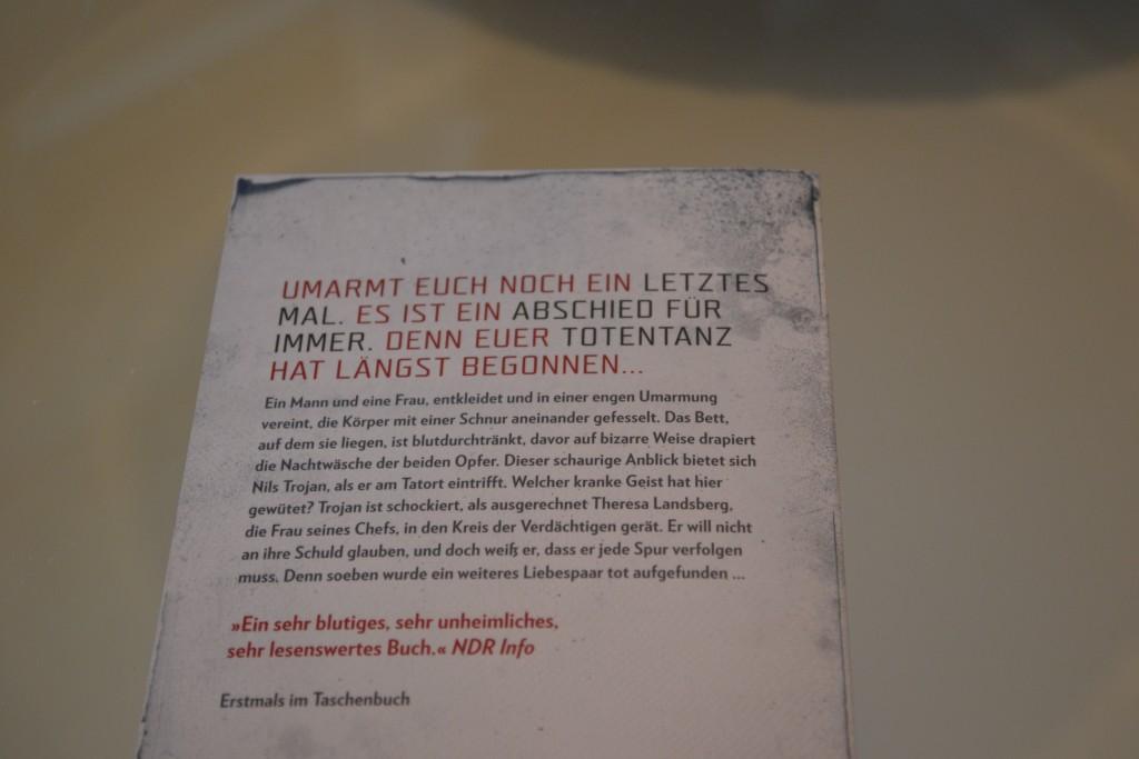 Books: Die Totentänzerin   Max Bentow - DSC 0286 1024x683