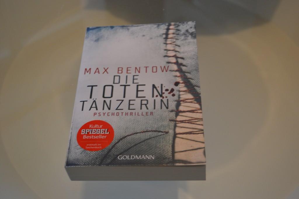Books: Die Totentänzerin   Max Bentow - DSC 0285 1024x683