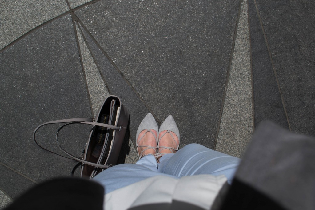 Outfit: Blue Chinos // Laced-up Ballerina's - Laced up Ballerinas 8 1024x683