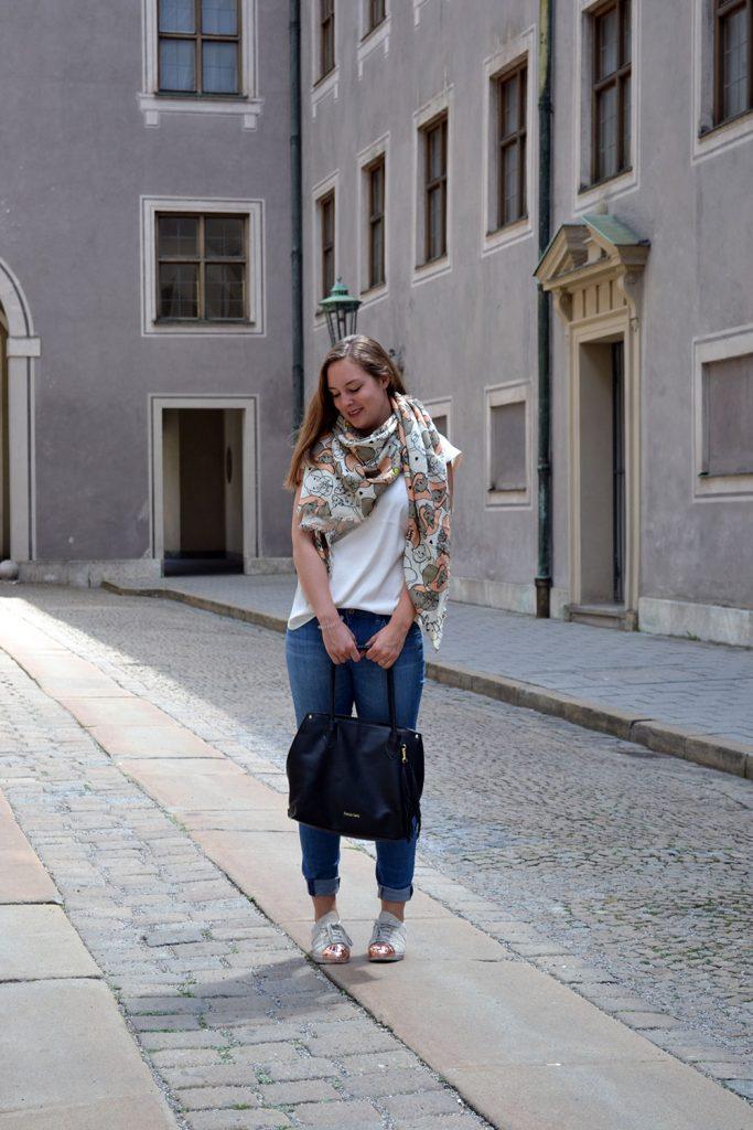 Outfit: Codello Original Dumbo Scarf & winactie // Munich - Codello 8 683x1024