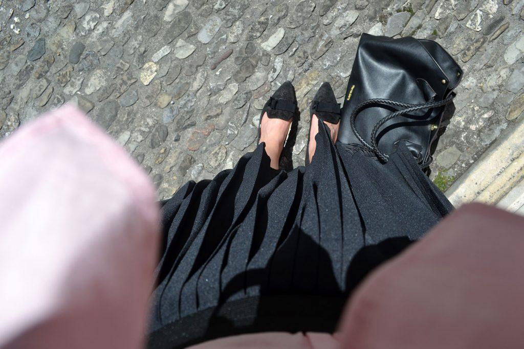 Outfit: Plissé & Pink Off Shoulder Blouse // Salzburg - plisse skirt 6 1024x683