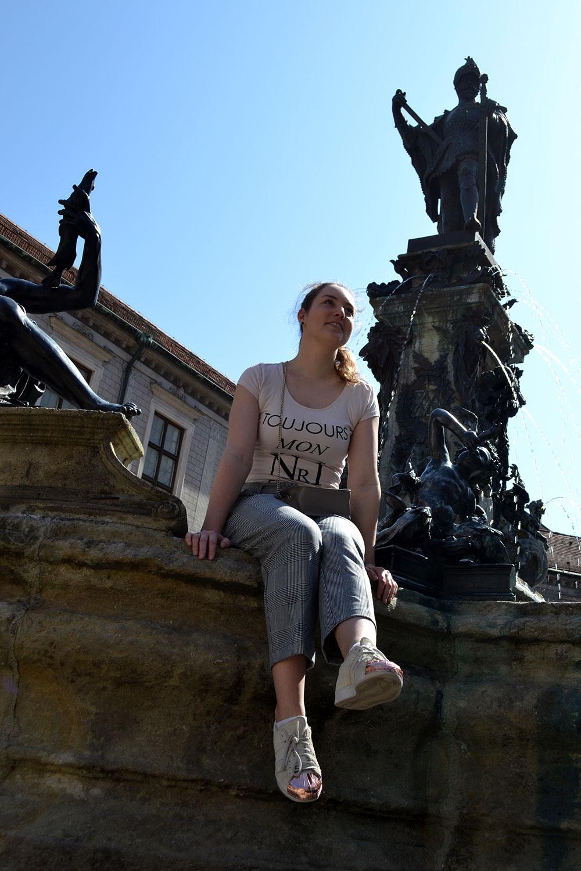 Outfit: Glencheck Pants & Nude Colors | Munich - Glencheck 1