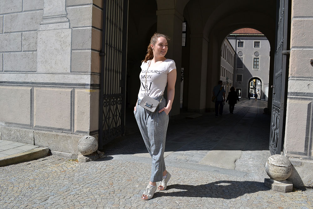 Outfit: Glencheck Pants & Nude Colors | Munich - Glencheck 5