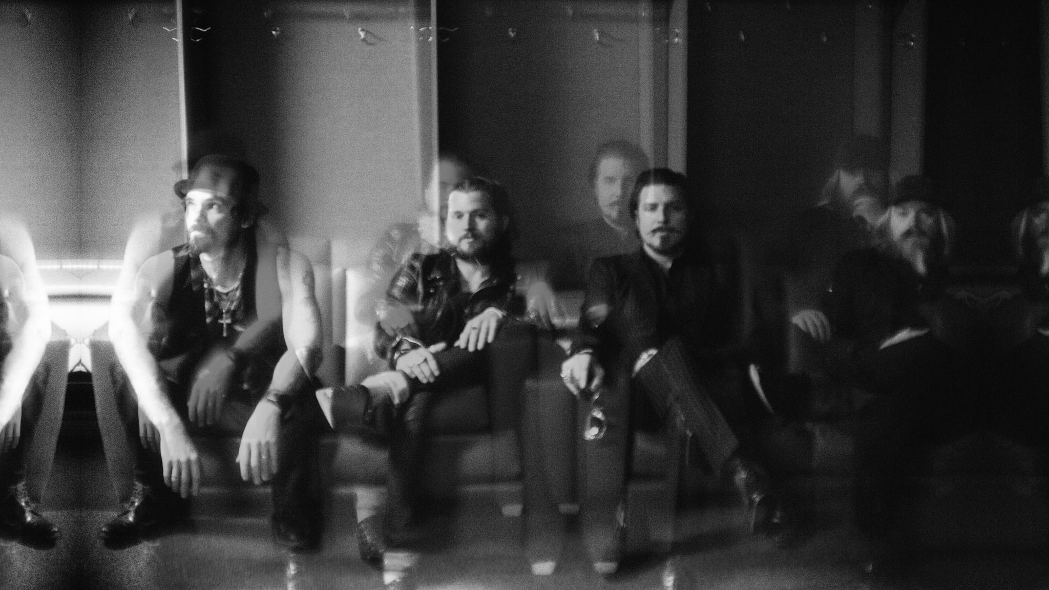 RIVAL SONS - with The Sheepdogs