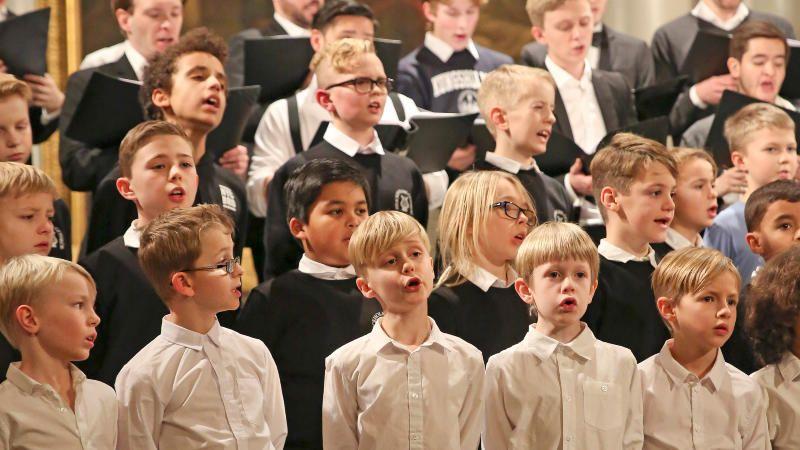 Stockholms Gosskör firar 80-års jubileum med familjekonsert
